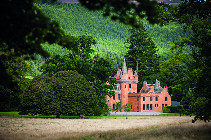 Aldourie Castle, Loch Ness, near Inverness, Scotland | Best hotels in Scotland