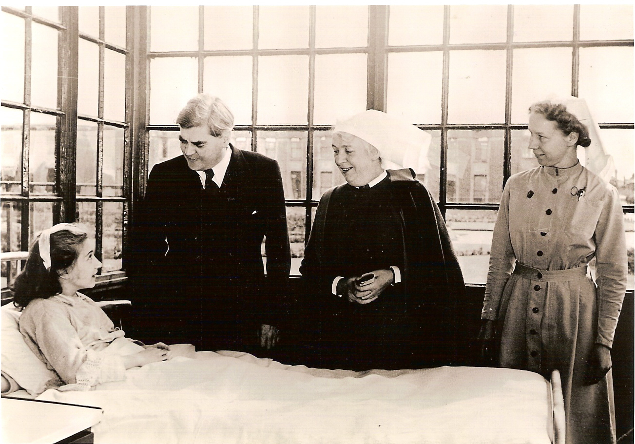 Anenurin Bevan Minister of Health, on the first day of the_National Health Service, 5 July 1948 at Park Hospital, Davyhulme, near Manchester