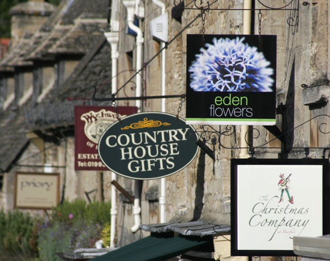 Burford---Credit-Classic-Locations