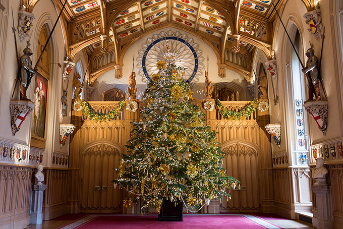 The Christmas tree in St George's Hall, Windsor Castle. Britsih Christmas celebrations 2017