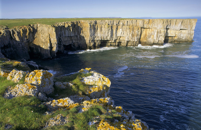 Cliff-scenery-around-Stackpole-Head,-©National-Trust-Images-Joe-Cornish
