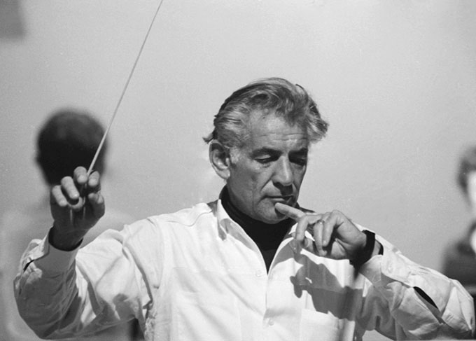 David-Farrell,-Leonard-Bernstein-conducting,-c.1968.-©-David-Farrell,-courtesy-of-Osborne-Samuel