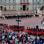 Diamond-Jubilee-Buckingham-Palace-Guards