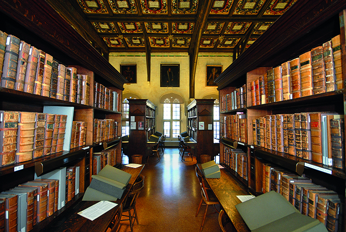 Duke Humfrey's Library. Credit: Greg Smolonski/Bodleian Libraries/University of Oxford