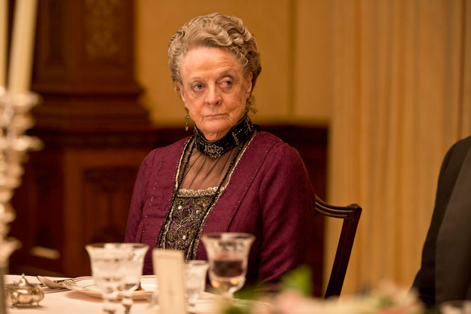 EMBARGOED_UNTIL_19TH_SEPTEMBER_DOWNTON_EP2_20