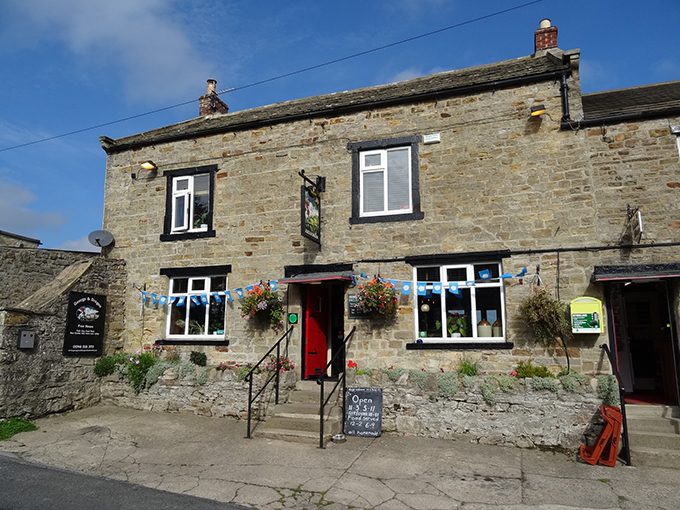 George & Dragon, Hudswell, Yorkshire, Good Pub Guide, CAMRA, Campaign for Real Ale. Best pubs in Britain