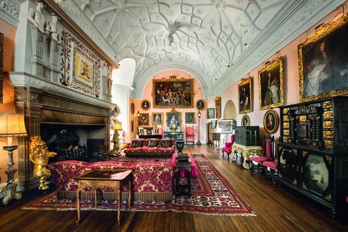 Great-Hall-Glamis-Castle