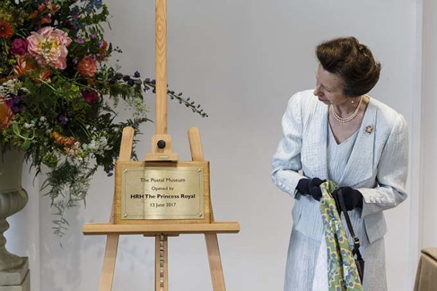HRH The Princess Royal unveils a commemorative plaque during her visit to The Postal Museum and Mail Rail | Princess Anne opens the Postal Museum and Mail Rail