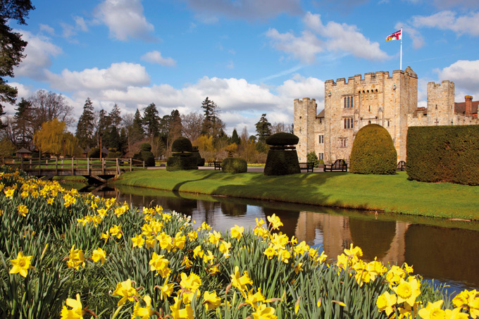 Hever-Castle-royal-birth-places-3