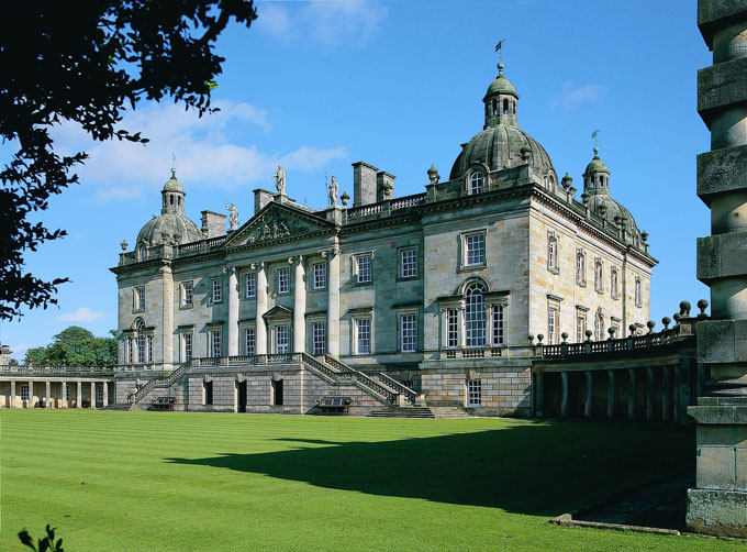 Houghton-Hall,-Exterior-ViewMA