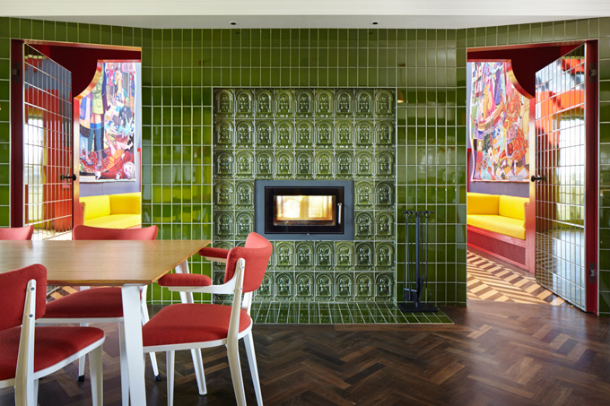 Kitchen-and-dining-area-2-c.-Jack-Hobhouse