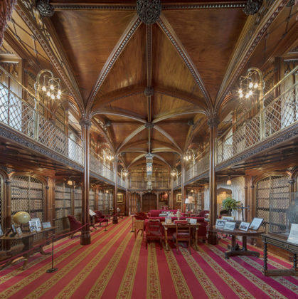 Magnificent library at Arundel Castle, West Sussex. Photos of Arundel Castle. Interiors of Arundel Castle