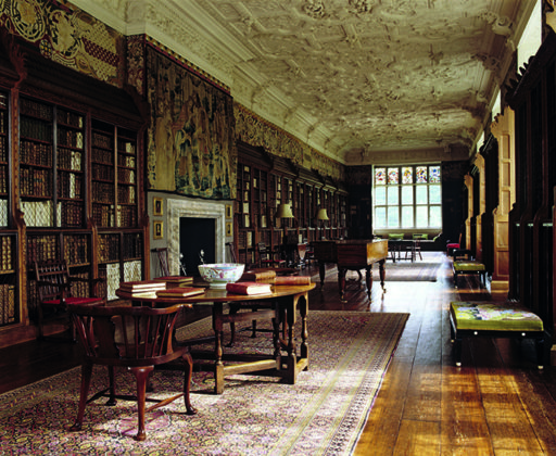 With over 12,000 books, the Long Gallery is home to one Britain's most impressive libraries. Anne Boleyn's birthplace