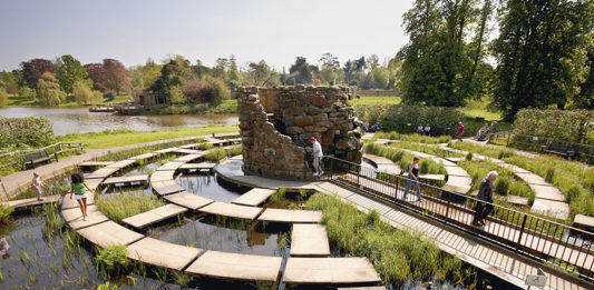The water maze at Hever Castle in Kent