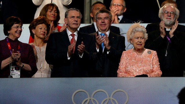 Olympic-London-2012-Opening-Ceremony-The-Queen