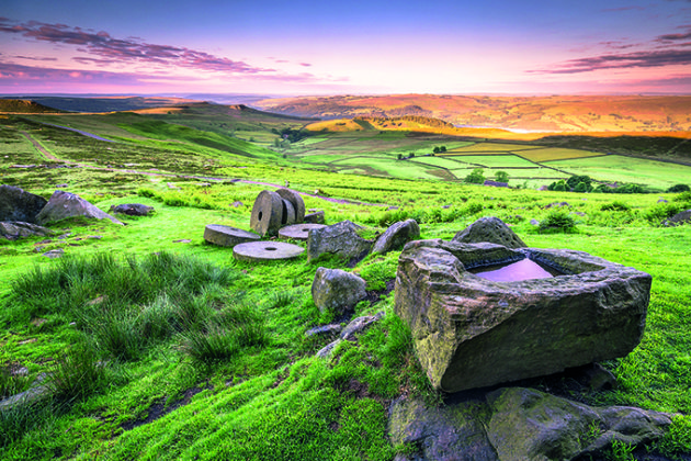 View over Stanage Edge millstones at sunrise, Peak District National Park, derbyshire, England, UK | Peak District Photos