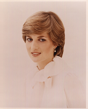 Lady Diana Spencer, photographed by Lord Snowdon as an 'upcoming beauty' for Vogue (February 1981). Credit: © National Portrait Gallery London/ Conde Nast Publications Ltd/Lord Snowdon | Princess Diana: Fashion icon | Diana, her fashion story