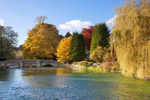 Ashford In the Water on an autumnal afternoon in the Peak District | Peak District photos