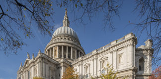 St Paul's Cathedra,l London. London atractions 2018. London landmarks. London icons