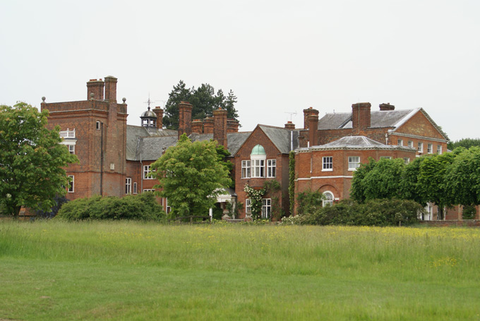 St-Pauls-Walden-Bury-royal-birth-places-7