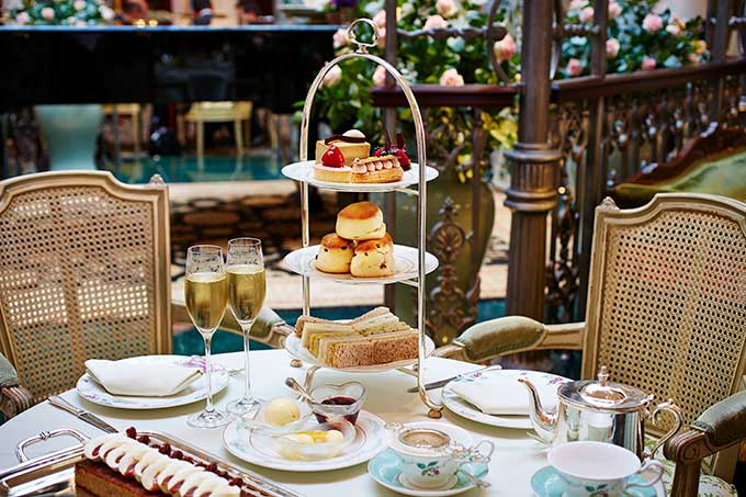 The-Savoy-Traditional-Champagne-Afternoon-Tea-Landscape