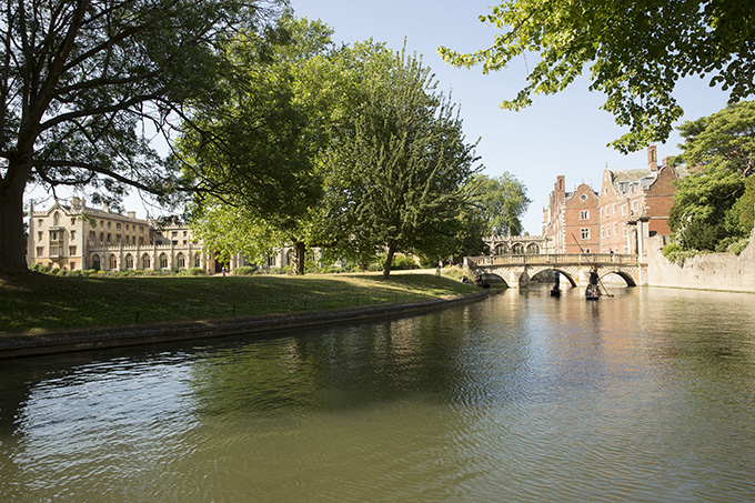 The Backs in Cambridge. 12 wonders of Britain: British places everyone should visit once