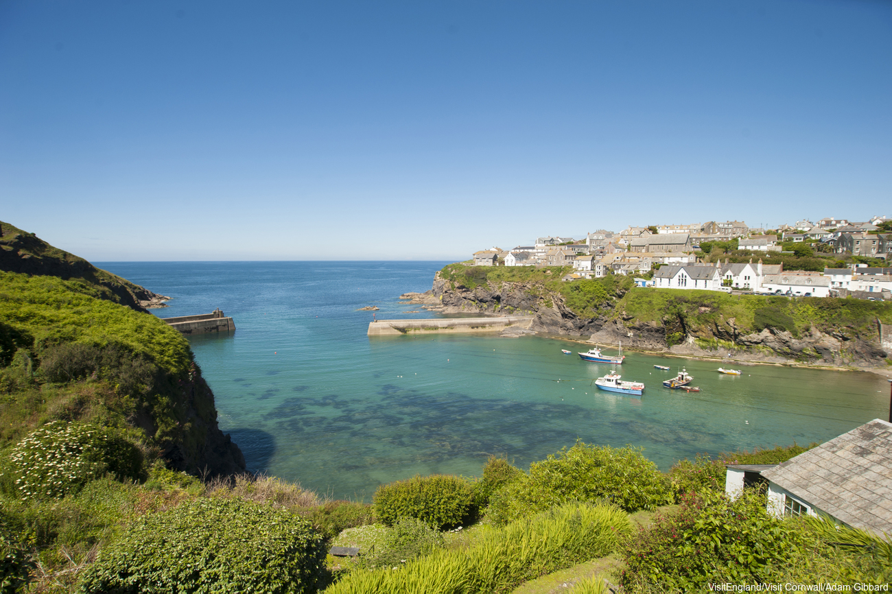 Harbour in Port Isaac, a historic fishing port. Credit: Visit Britain