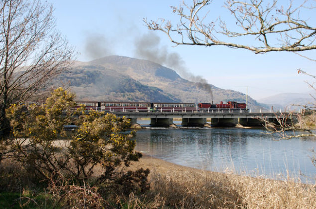 Welsh Highland Railway from Small Island by Little Train. Image courtesy of F&WHR