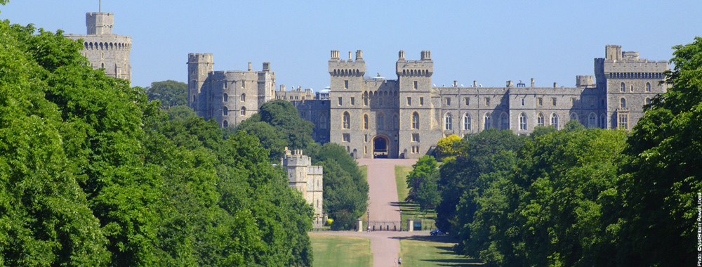 Windsor castle distance from london