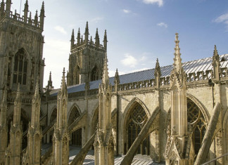The Queen to visit York Minster for Diamond Jubilee Maundy Mass
