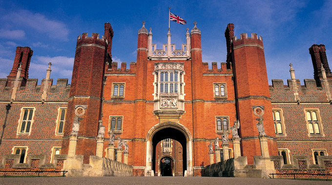 Hampton Court Palace gatehouse