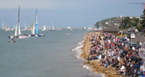 A busy shoreline at Cowes 2011