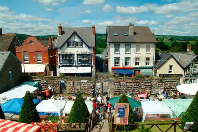 Hay on wye, wales, days out, books