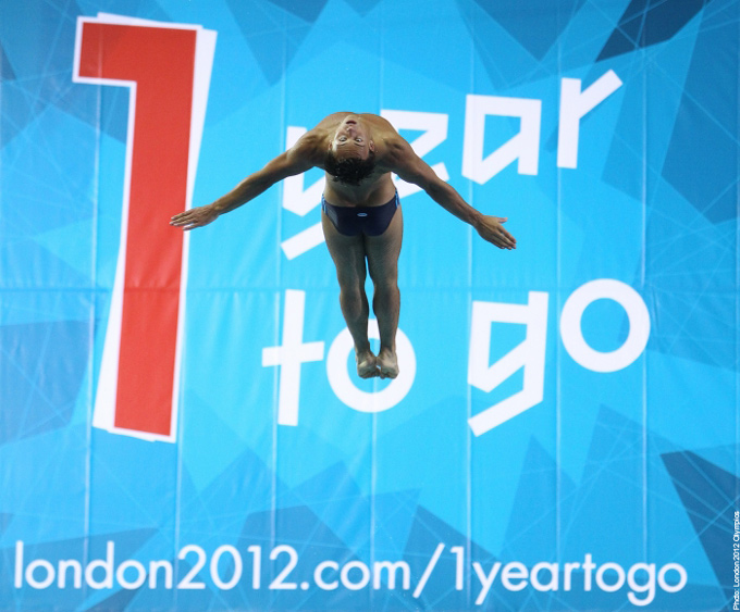 The First Dive in the London 2012 Aquatic Centre