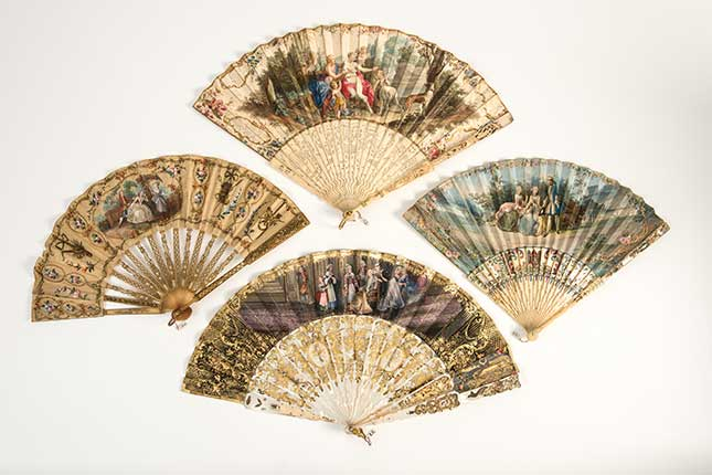 Fans, bath, Fashion museum