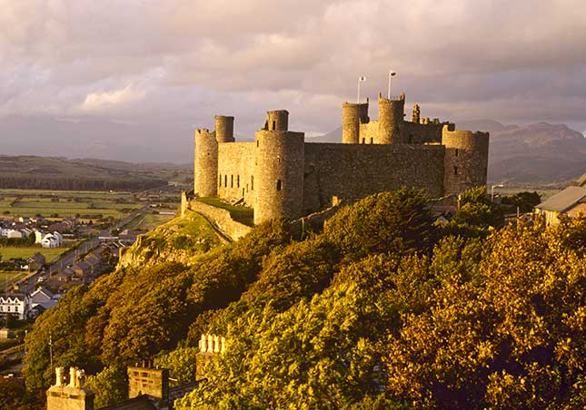 harlech castle, wales. 25 best things to do in Wales | St David's Day