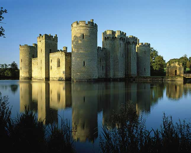 Bodiam Castle, sussex, travel