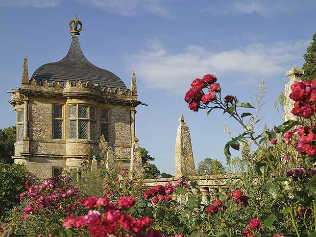Montacute House,. statel;y homes